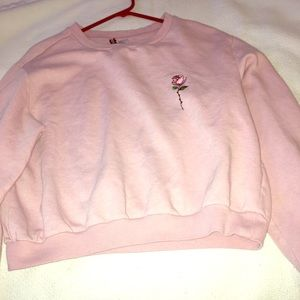 🌸 Embroidered sweatshirt H&M 🌸